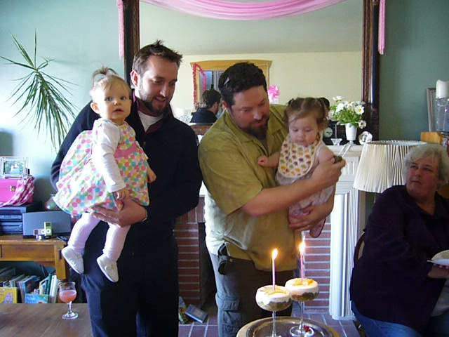 03-31-08 First birthday 337